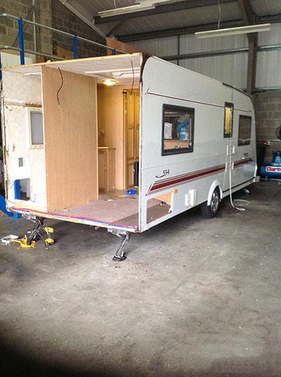 steve-barnett-caravan-repairs-damp1-1