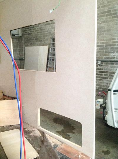 steve-barnett-caravan-repairs-damp1-3