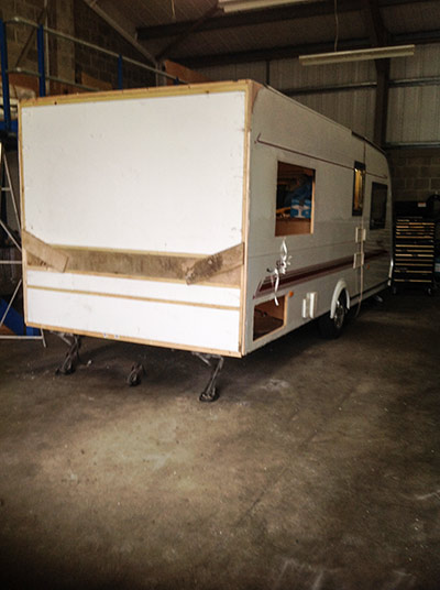 steve-barnett-caravan-repairs-damp1-4