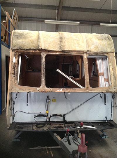 steve-barnett-caravan-repairs-damp2-1
